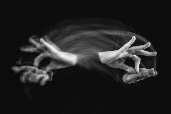 Les mains pour le dire - Ewa Kolecki Chartres Objectif